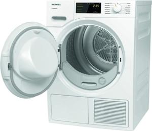 Durch die Trocknung an der Luft bei gutem Wetter schonen Sie ihre Kleidung und die Umwelt. Bei Möglichkeit sollten Sie immer auf diese Methode zurückgreifen. Zwar dauert es so etwas länger, aber Ihre Wäsche kann schonend trocknen.