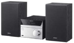 Durch Mini Stereoanlagen kann platzsparend eine musikalische Stimmung in das Wohnzimmer gebracht werden.