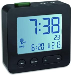 Mehre Alarmzeiten festlegen zu können, kann sehr hilfreich sein. Wenn Wecker Ihnen diese Möglichkeit bieten, werden die verschiedenen Alarme auch häufig auf dem Display angezeigt.