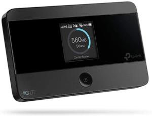 Sie können Ihre Tablets problemlos mit Internet versorgen, wenn Sie einen mobilen WLAN-Router dabei haben.