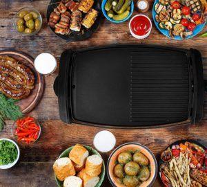 Auf elektrischen Grills lassen sich nicht nur Fleischgerichte zubereiten. Unterschiedlich einstellbare Temperaturen ermöglichen ebenso ein vorzügliches Grillerlebnis für Vegetarier.