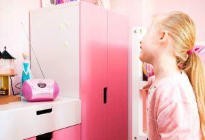 Die farbenfrohe Gestaltung der Musikwiedergabegeräte kann zusätzlich durch technische LED-Effekte unterstützt werden und den Kindern zusätzliche Freude bereiten.