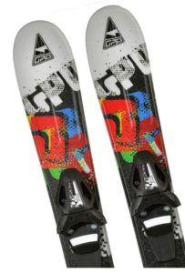Freeride Ski sind im Vergleich vor allem breiter und länger, um für genug Auftrieb im Tiefschnee sorgen zu können.