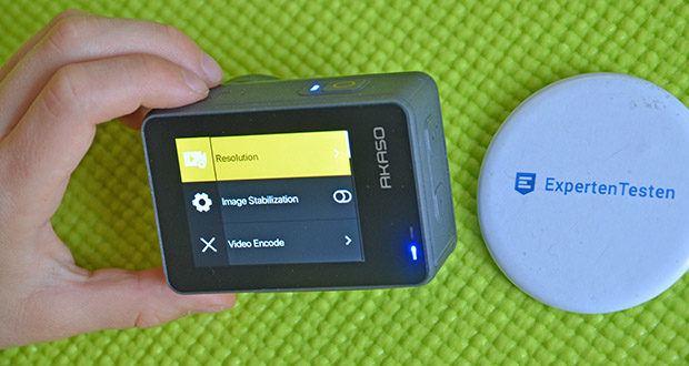 AKASO Brave 7 Action Cam im Test - der 2,0-Zoll-Touchscreen auf der Rückseite ist klar und lebendig