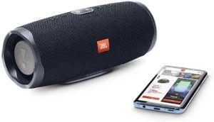 Bluetooth-Boomboxen mit ihrer typischen zylindrischen Form sind mittlerweile in den meisten Haushalten zu finden.