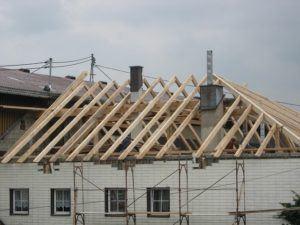 Guter Preis für Dachstuhl bauen