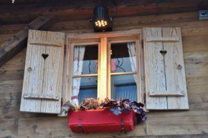 Guter Preis für Holzfenster einbauen