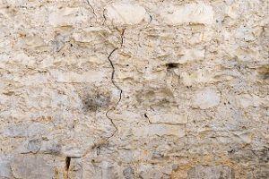 Alle Kostengründe für Risse im Mauerwerk sanieren