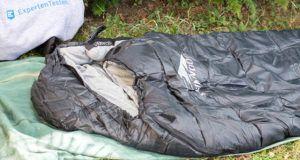Wie läuft die Bewertung der Verarbeitung eines Schlafsacks im Test ab?