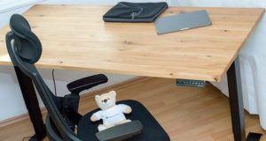Was ist ein höhenverstellbarer Schreibtisch aus dem Test und Vergleich?