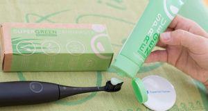 Wie ist der Whitening Effekt der Zahnpasta im Test?