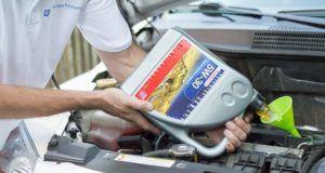 Wie viel Motoröl sollte man verwenden im Vergleich?