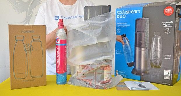 SodaStream Wassersprudler DUO im Test - Zylindersystem: QC CO2-Zylinder zum Einsetzen
