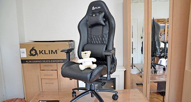 KLIM Esports Gaming Stuhl im Test - seine sehr robuste Struktur, der verstärkte Kolben und riesige Rollen sorgen dafür, dass der Stuhl viele Jahre hält