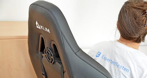 KLIM Esports Gaming Stuhl im Test - eine Person mit einer Größe von bis zu 2 Metern und einem Gewicht bis 150 kg wird in dem PC Stuhl KLIM eSports absolut bequem sitzen