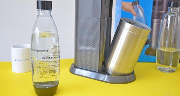 SodaStream Wassersprudler DUO im Test - mit dem kompakten und eleganten Design passt der Trinkwassersprudler mit einer Höhe von 44cm unter jeden Küchenschrank