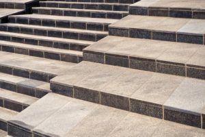 Gutes Angebot für Außentreppe Beton
