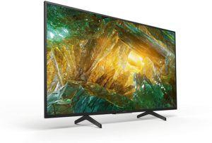 Neben Filmeabenden eignen sich 49 Zoll Fernseher ideal fürs Gaming. Durch die Größe finden diese Fernseher in den meisten Wohnungen Platz. Hierbei sind eine hohe Bildqualität und mindestens 100 Hertz ideal.