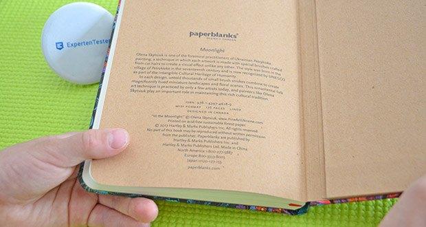 Paperblanks Olenas Garten Mondlicht Notizbuch im Test - das hintere Vorsatzblatt enthält Namensnennungen und Urheberrechtsinformationen sowie eine Erläuterung zum faszinierenden historischen Hintergrund des Originalkunstwerks
