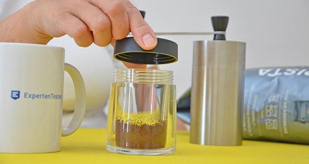 Tchibo Handmühle im Test - verschließbarer Pulverbehälter mit Füllstandanzeige aus Acrylglas