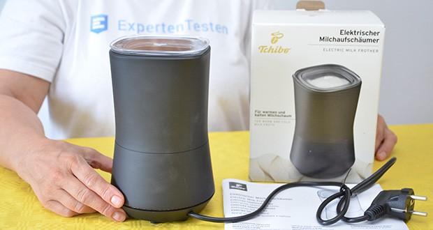 Tchibo Elektrischer Milchaufschäumer schwarz im Test - Material: Kunststoff außen, Edelstahlbehälter mit antihaftbeschichteter Innenseite für leichtes Reinigen