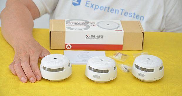 X-Sense Mini Funkvernetzbarer Rauchmelder 3-Pack im Test - Lieferumfang: 3× Alarmeinheiten, 3× Halterungen, 6× Wanddübel, 6× Schrauben, 1× Bedienungsanleitung