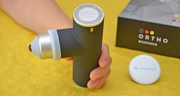 Orthomechanik OM-Go Massagepistole Mini im Test - eine der leichtesten Massagepistolen auf dem Markt - 460g Leichtgewicht