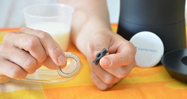 Tchibo Elektrischer Milchaufschäumer schwarz im Test - Zubehör: inkl. zwei Rühreinsätze: für Milchschaum oder warme Milch