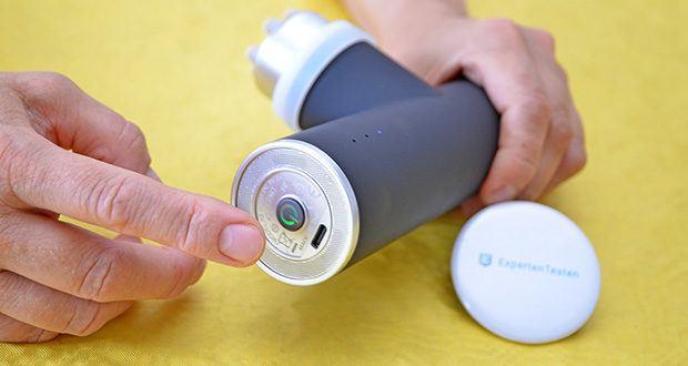 Orthomechanik OM-Go Massagepistole Mini im Test - mit 2600 mAh Akku; bis zu 10 Stunden Akkulaufzeit
