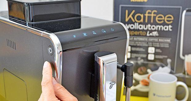 Tchibo Kaffeevollautomat Esperto Latte im Test - platzsparendes Design nur 18 cm breit