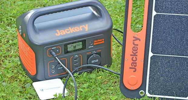 Jackery Faltbares Solarpanel SolarSaga 100 im Test - die umweltfreundliche Solaranlage ist der ideale Generator für die Jackery Explorer 240/500/1000 Powerstationen