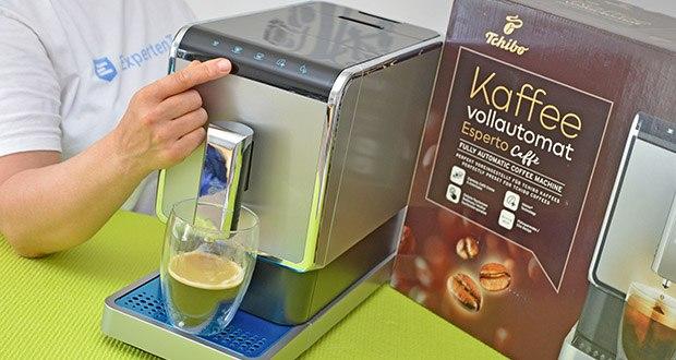 Tchibo Kaffeevollautomat Esperto Caffè im Test - Direktwahltasten Zubereitung: Espresso, Caffè Crema, Doppio (zwei Brühungen hintereinander)
