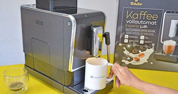 Tchibo Kaffeevollautomat Esperto Latte im Test - programmierbare Getränkemenge von 25 bis 250 ml