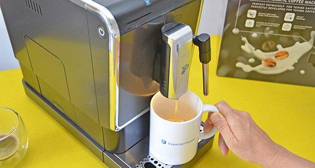 Tchibo Kaffeevollautomat Esperto Latte im Test - Kaffeestärke anpassen dank Intense+ Technolgie