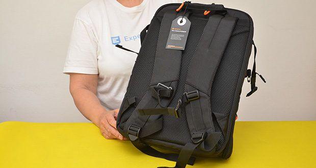 Tarion Kamerarucksack Fotorucksack im Test - stoßfeste EPE-Teiler bieten dem Träger Sicherheit