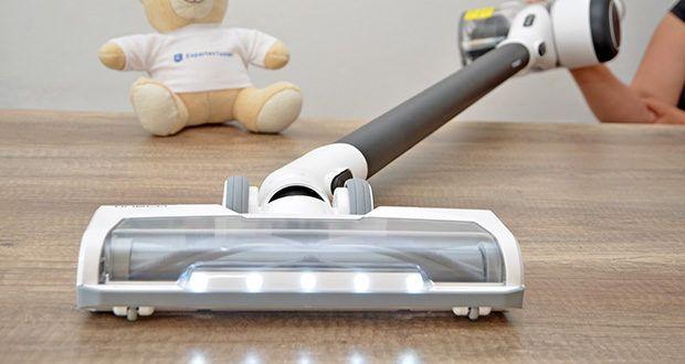 Tineco Akkustaubsauger Pure One X im Test - Bürstenkopf: LED-Multitasker-Bürste in voller Größe