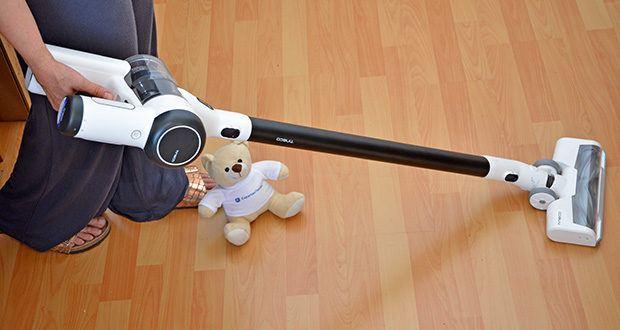 Tineco Akkustaubsauger Pure One X im Test - durch das geringe Gewicht perfekt für schwere Reinigungsarbeiten vom Boden bis zur Decke