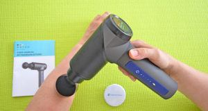Vergleichsseiten einer Massagepistole im Test und Vergleich