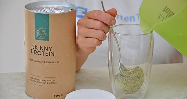 Your Super SKINNY PROTEIN Bio Proteinpulver im Test - Geschmack: Nussig, erdig