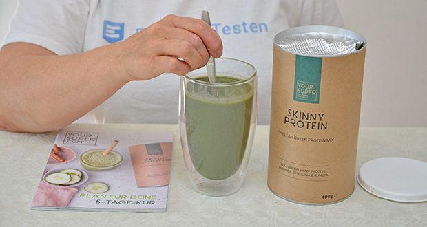 Your Super SKINNY PROTEIN Bio Proteinpulver im Test - Superfood Mix für: veganes Protein mit extra Grünzeug