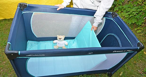 Hauck Babyreisebett Dream N Play Plus im Test - für noch mehr Komfort ist zusätzlich die weiche Schaumstoffmatratze Sleeper sowie das Spannbetttuch Bed Me erhältlich